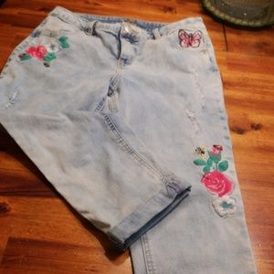 Justice Bottoms - Justice embroidered  jeans